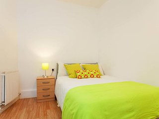 Camden BnB (Room D)