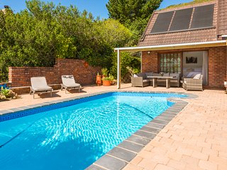 Midgaarden - Knysna Lagoon Panoramic Views - Spacious Holiday House