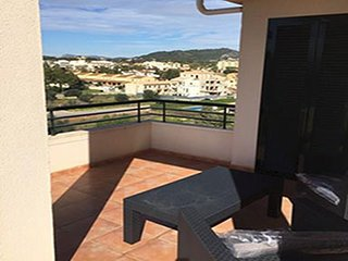Penthouse Apartment 2 Balconys, pool, wifi, Long term Rental