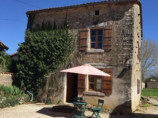 Beautiful 2 bedroom farm house in the Charente close to La Rochefoucaud