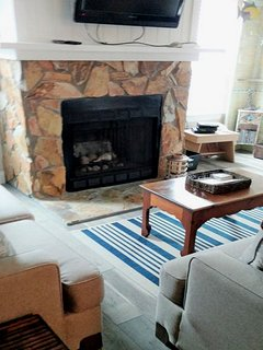 Fireplace Mantle With TV