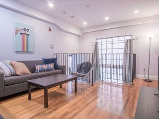 Modern 1BR in Theater District by Sonder
