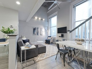 Loft-Style 2BR in Downtown Crossing by Sonder