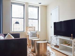 Distinctive 2BR in Financial District by Sonder