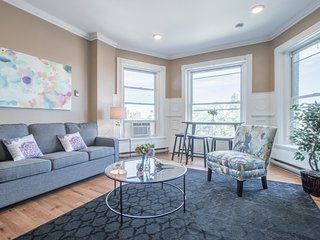 Bold 1BR in Back Bay by Sonder