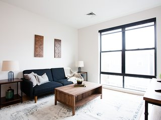 Sonder | Seaport District | Lovely 1BR + Laundry