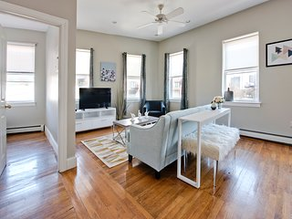 Central 2BR in South End by Sonder