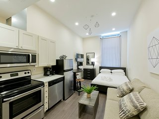 Lively Studio in Downtown Crossing by Sonder