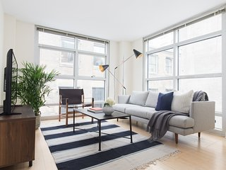 Sunny 2BR in Downtown Crossing by Sonder