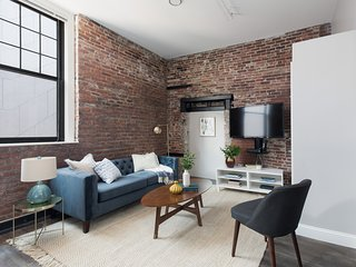 Charming 4BR in Downtown Crossing by Sonder