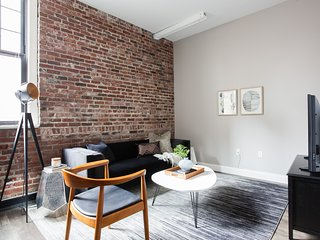 Modern 3BR in Downtown Crossing by Sonder