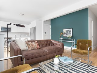 Chic 3BR in Brighton by Sonder