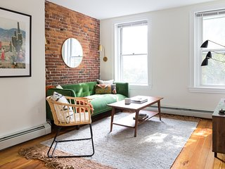 Dashing 2BR in South End by Sonder