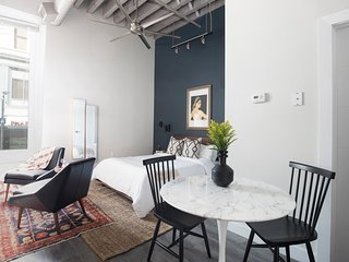 Sonder | Boston Common | Airy Studio + Laundry
