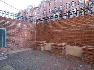 Classic 2BR in Back Bay by Sonder