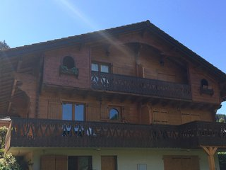 Cosy Chalet Olimon with stunning views of the valley and mountains