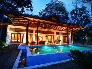 ZEN RESORT. Balinesse style villas