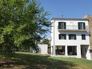 Appartamento Gelsomino, al centro del paese ed a pochi passi dal lago