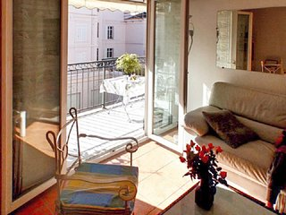 Apartment in the center of Cannes with Internet, Air conditioning, Lift, Parking