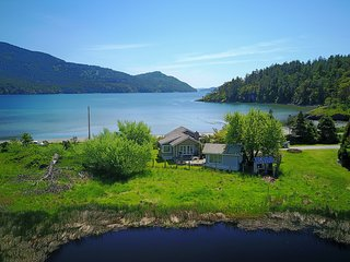 Orcas Island, Crescent Beach Cottage