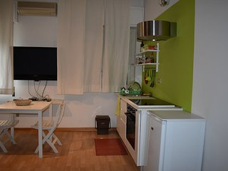 Studio apartment in Palermo with Internet, Air conditioning, Parking, Balcony (9