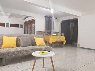 binbin's villa de vacances + location de voitures en option