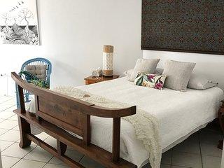 Safron | Paringa Private Beachfront Apartment
