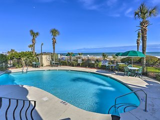 Oceanfront Condo with Stunning Views!