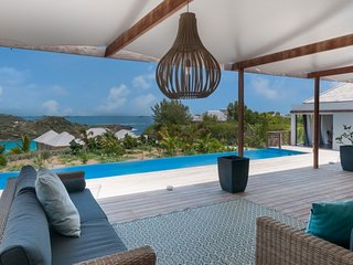 Villa Cairn  # Ocean View | Located in  Beautiful Petit Cul de Sac with Private