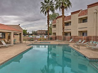 NEW-Updated Condo w/Heated Pool Access in Surprise