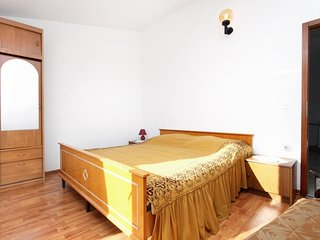 One bedroom apartment Rogoznica (A-1087-c)