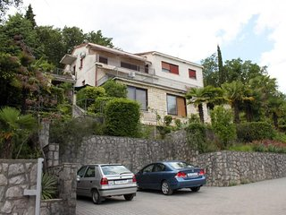 Two bedroom apartment Opatija (A-7691-a)