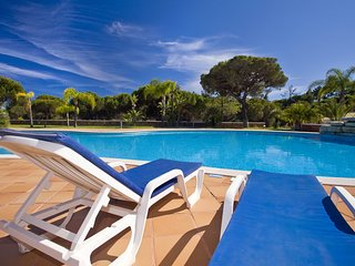 Ancão Stunning Holiday House Pool Tennis  Close to the beach Vale do Lobo