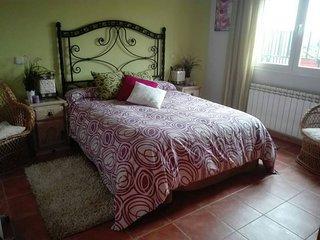 ROOM & BREAKFAST/ BATHROOM TOLEDO /CAMARENA 'TIERRA DE VINO'