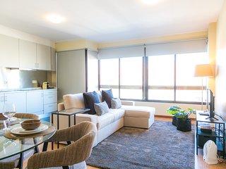 Liiiving in Porto | Boavista Sunny Apartment