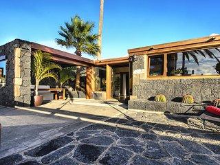 Ermita Perdomo, modern & style life
