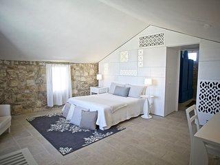 DON AGOSTINO-suite RICAMO