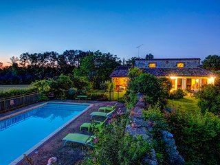 3 bedroom Villa in Saint-Martin-Lacaussade, Nouvelle-Aquitaine, France - 5604555