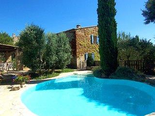 3 bedroom Villa in Gordes, Provence-Alpes-Côte d'Azur, France : ref 5604793