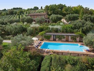 6 bedroom Villa in Mercanzie, Umbria, Italy - 5604872