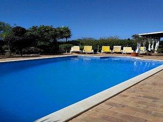 3 bedroom Villa in Armação de Pêra, Faro, Portugal : ref 5491341