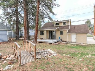 ~Bearadise~Newly Upgraded Retreat~Great Walk To Marina Location~