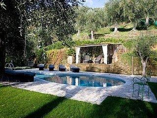 3 bedroom Villa in Pietrasanta, Tuscany, Italy : ref 5491462