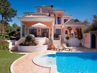 4 bedroom Villa in Quinta do Lago, Faro, Portugal : ref 5491450