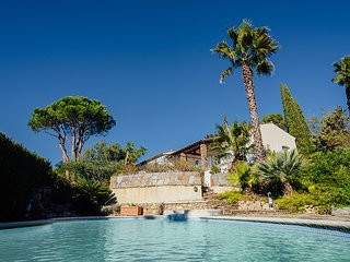 4 bedroom Villa in La Croix-Valmer, Provence-Alpes-Cote d'Azur, France : ref 560