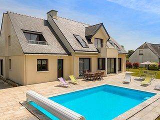 6 bedroom Villa in Concarneau, Brittany, France : ref 5604904
