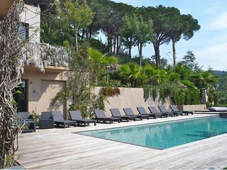 5 bedroom Villa in Saint-Michel-lObservatoire, Provence-Alpes-Cote d'Azur, Franc