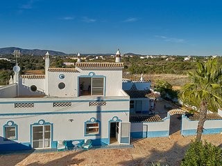 4 bedroom Villa in Fuzeta, Faro, Portugal : ref 5604856