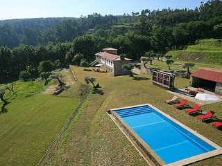 5 bedroom Villa in Calheiros, Viana do Castelo, Portugal : ref 5604738