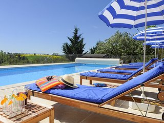 Mirandol-Bourgnounac Villa Sleeps 14 with Pool and WiFi - 5604572